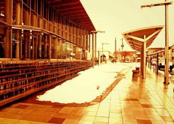 駅, ロータリー, 町, 曇り, 雪, ヴィンテージ, 冬, 屋外
