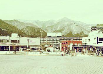 駅,町,曇り,屋外,ロータリー,冬,昭和レトロ