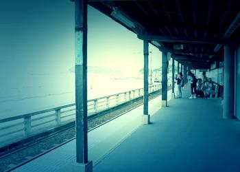 駅,町,夏,屋内,曇り,ホラー