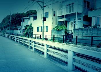 駅,町,夏,屋外,曇り,ホラー