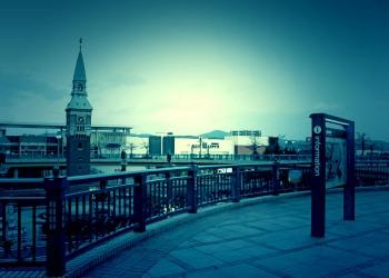 駅,町,冬,屋外,曇り,ホラー