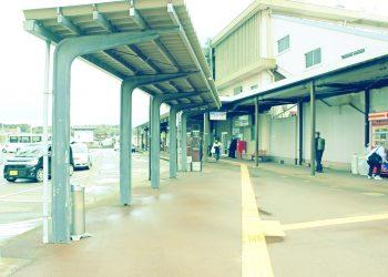 駅前,ロータリー,町,屋外,曇り,昭和レトロ