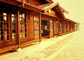 駅前,建物前,村,屋外,冬,曇り,ヴィンテージ