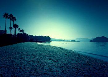 浜辺,町,屋外,秋,晴れ,ホラー,コズミックホラー