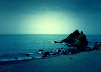 浜辺,村,屋外,秋,曇り,ホラー