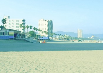 浜辺,都市,屋外,夏,晴れ,昭和レトロ