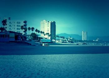 浜辺,都市,屋外,夏,晴れ,ホラー
