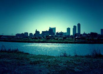 川,都市, 屋外, 秋,晴れ,ホラー