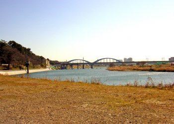 川,町, 屋外, 秋,晴れ