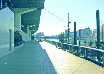 川,街,橋,屋外,夏,晴れ,昭和レトロ