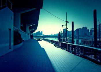川,街,橋,屋外,夏,晴れ,ホラー