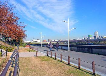 川,町,晴れ,秋,屋外
