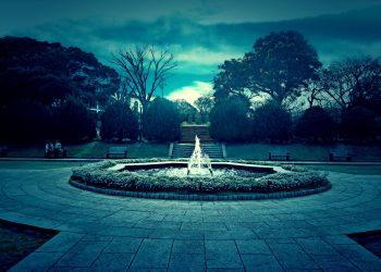 公園,都市,屋外,冬,晴れ,ホラー