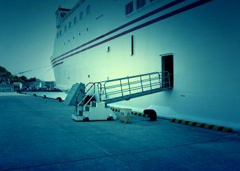 港,船,屋外,夏,晴れ,ホラー