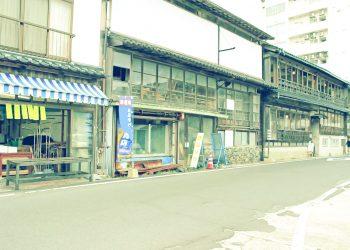 建物前,町,屋外,冬,曇り,昭和レトロ
