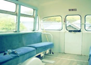 乗り物,バス,屋内,昭和レトロ