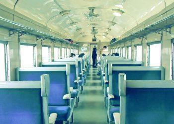 乗り物,電車,屋内,昭和レトロ