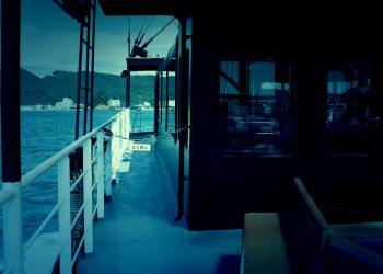 乗り物,船,屋内,晴れ,ホラー