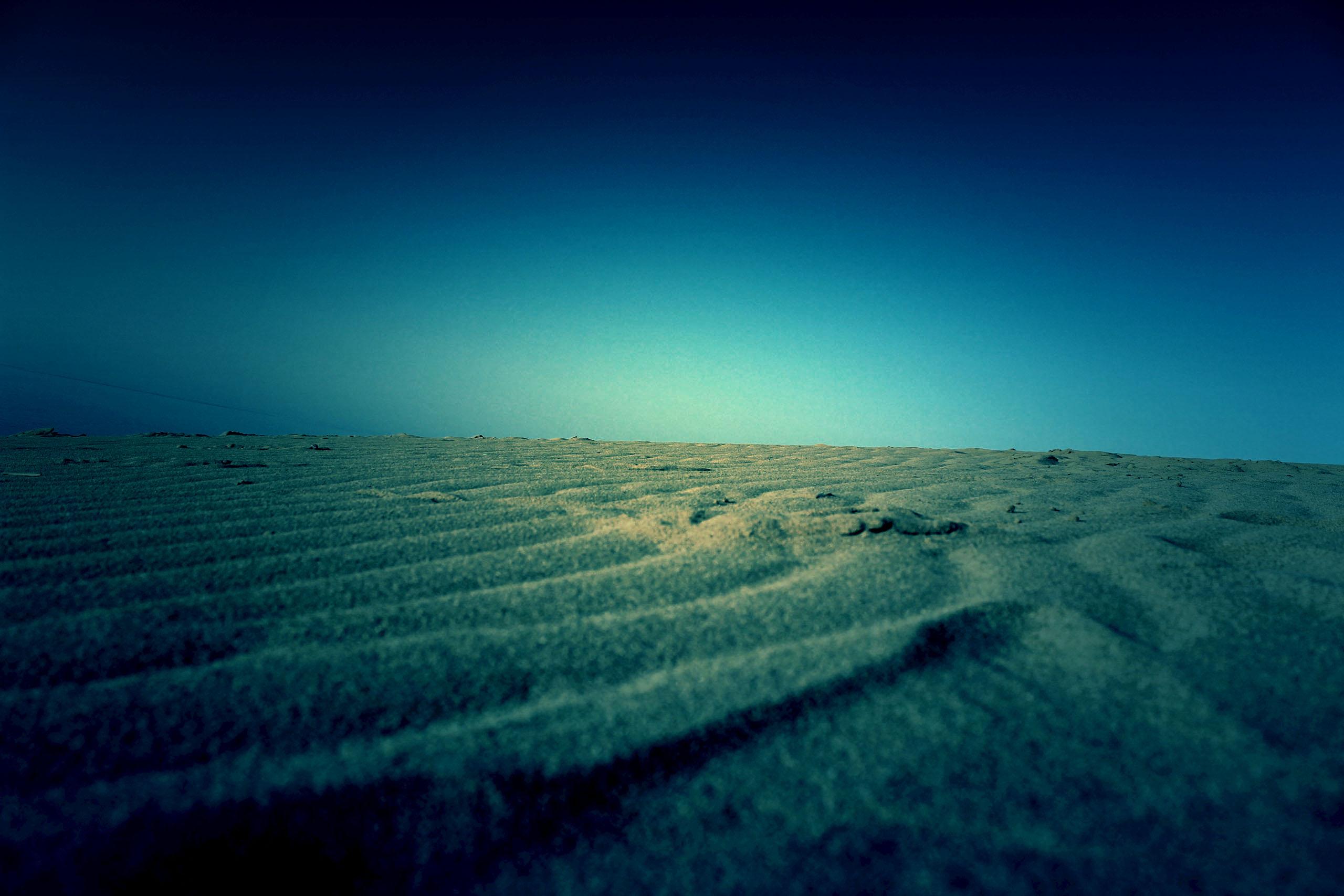 草原,砂漠,アウトドア,屋外,夏,晴れ,ホラー