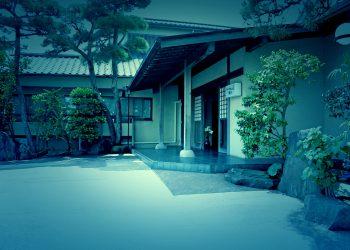 和風,日本家屋,建物前,夏,屋外,晴れ,ホラー