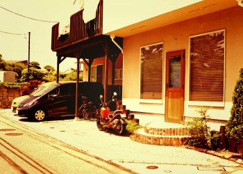 町,建物前,夏,屋外,晴れ,ヴィンテージ