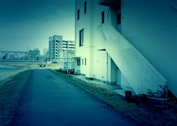建物前,町,屋外,春,秋,ホラー